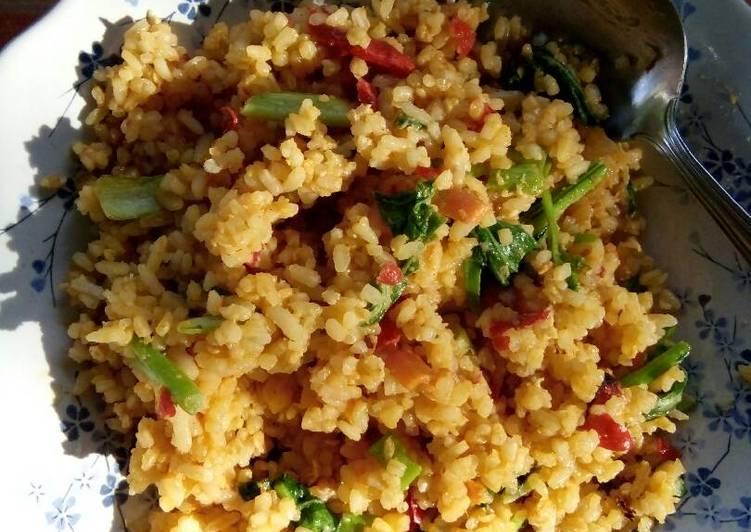 Resep memasak Nasi Goreng Gila yang menggugah selera