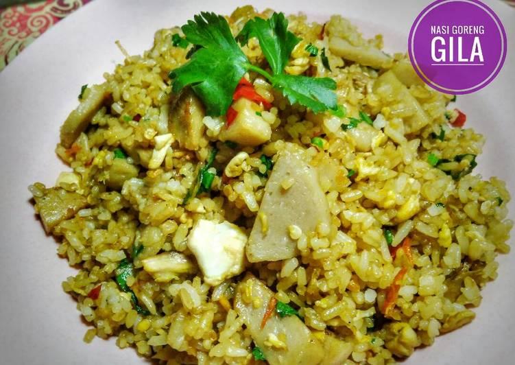 Cara Mudah membuat Nasi goreng gila ala resto