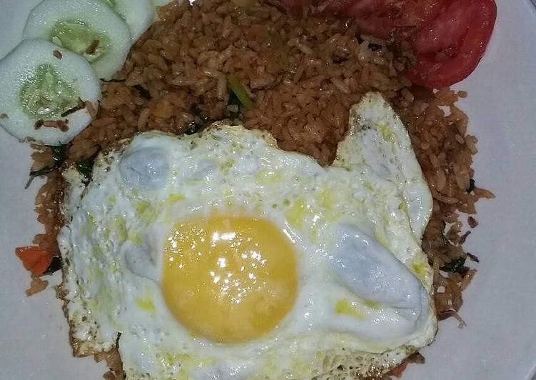 Cara membuat Nasi goreng pedas gila