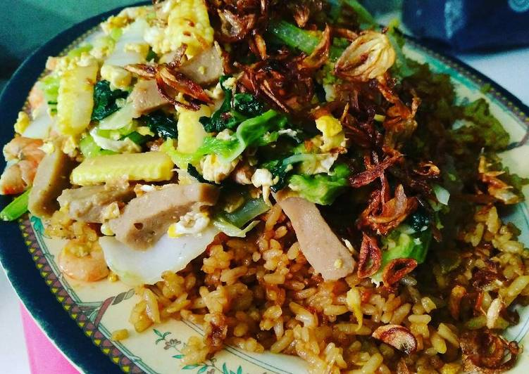 Cara membuat Nasi goreng gila enak