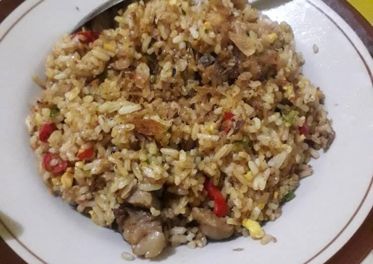 Cara Mudah memasak Nasi goreng kare kambing ala momy kia yang menggugah selera