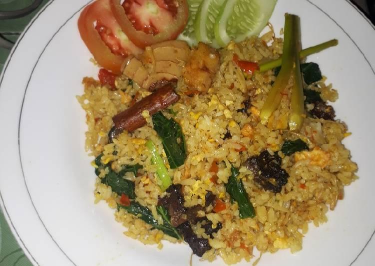 Resep membuat Nasi goreng kambing rempah enak