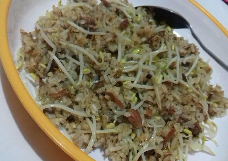 Cara mengolah Nasi goreng kambing toge (#pr2_nasigoreng) yang bikin ketagihan