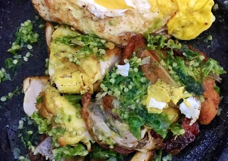 Resep: Ayam telur gepuk cabai hijau yang menggugah selera