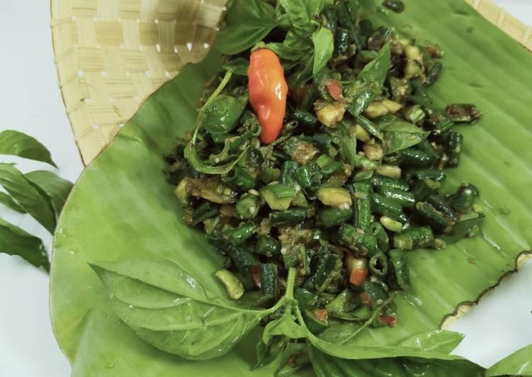 Karedok kacang panjang ala Sunda