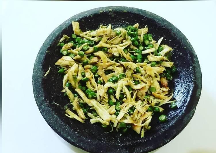 Cara Mudah membuat Karedok kacang panjang & suiran ayam sedap