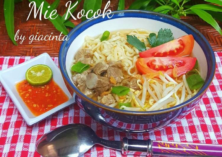 Resep: Mie Kocok daging sapi dan Taoge istimewa