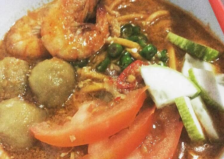 Cara Mudah membuat Mie rebus kocok seafood sedap