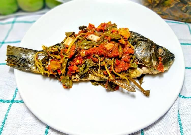 Cara Mudah memasak Pepes Ikan Mas yang menggugah selera