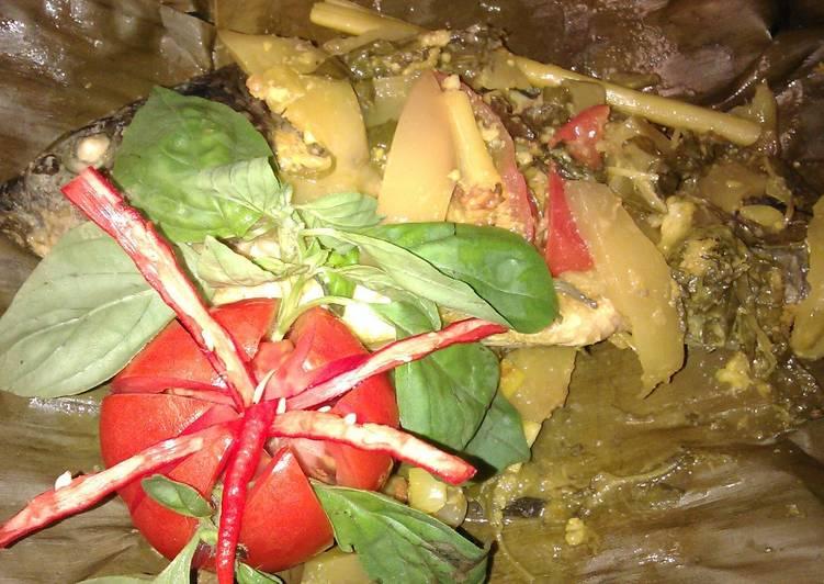Resep: Ikan mas pepes buah mangga#ketika buah masuk dapur#cookpad community