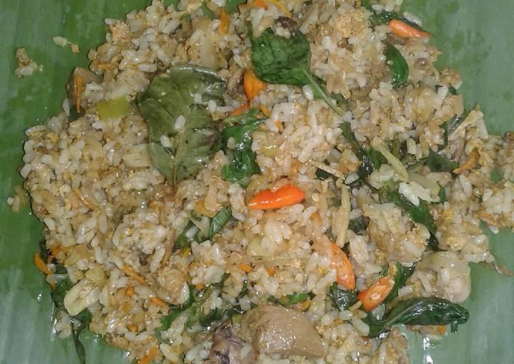 Cara Mudah memasak Pepes nasi jeroan ikan mas yang menggugah selera
