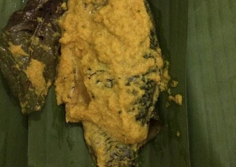 Resep memasak Pepes ikan mas lezat