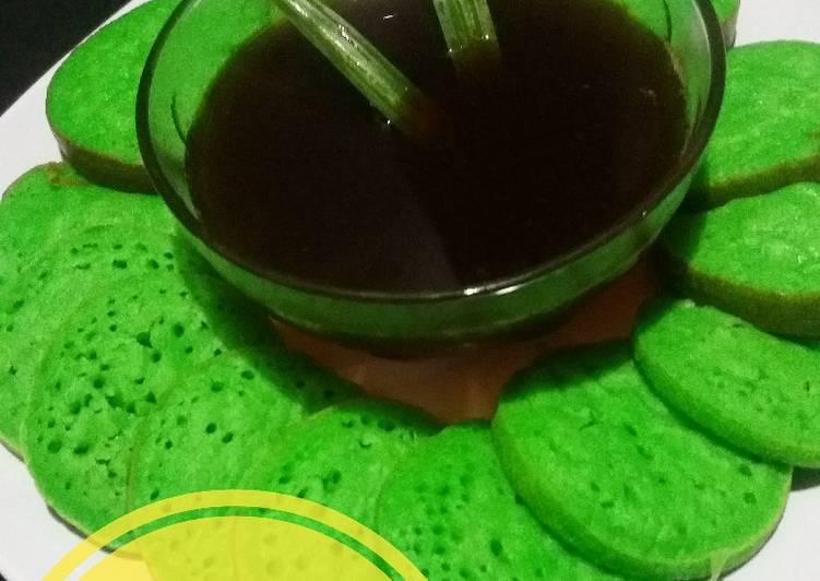 Resep: Serabi pandan kuah gula merah yang bikin ketagihan