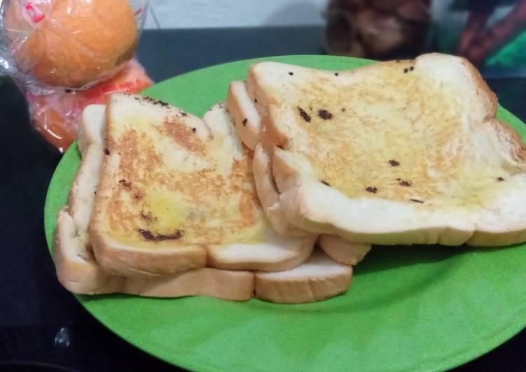 Roti tawar ubi bakar
