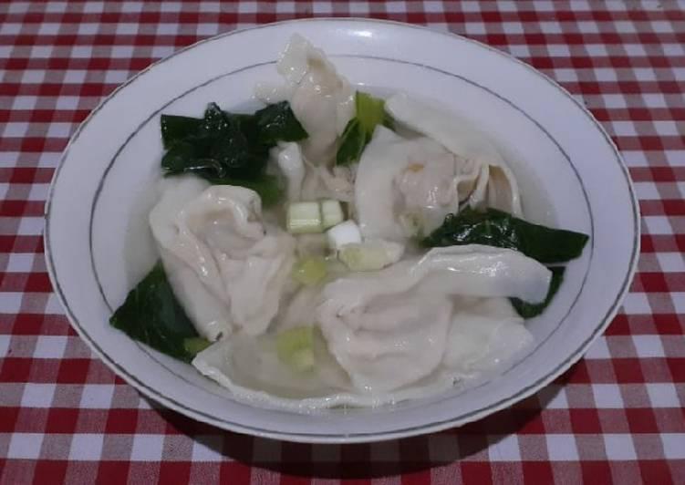 Pangsit Kuah Ayam Labu Siam