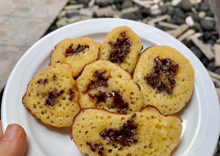Cara Mudah mengolah Kue Cubit anti gagal (tanpa mixer, tanpa whisker, hanya sendok makan 😜) ala resto