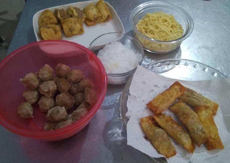 Cara memasak Tahu bakso Dan gorengan pangsit (pelengkap bakso) ala resto