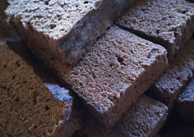 Resep memasak Brownies kukus hitam manis