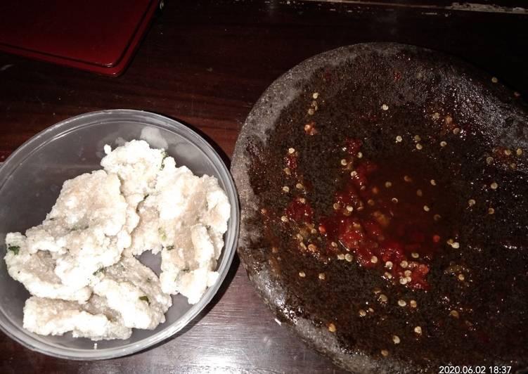 Resep memasak Cireng bumbu rujak kress yang menggugah selera
