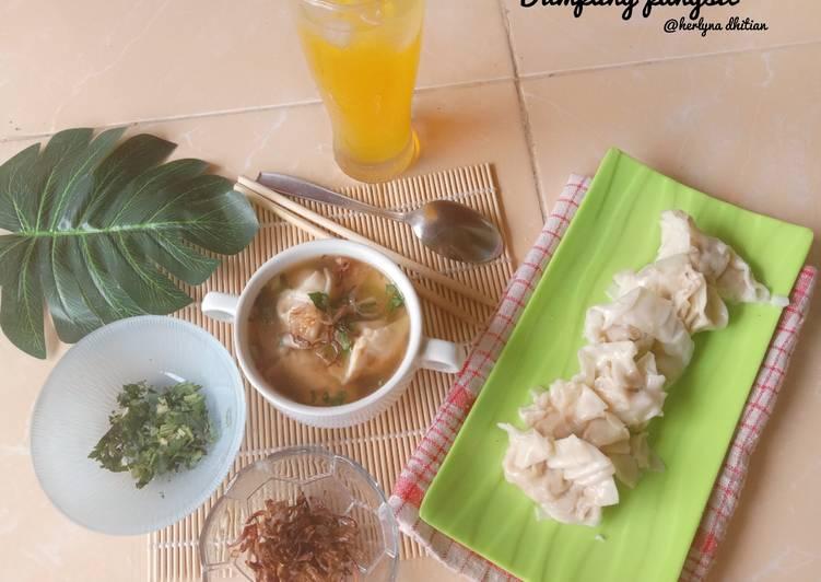 Dumpling pangsit rebus
