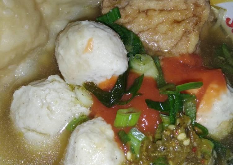 Resep: Baso ayam kuah + pangsit yang menggoyang lidah