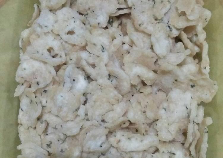 Cara Mudah memasak Kripik bakso yang menggugah selera