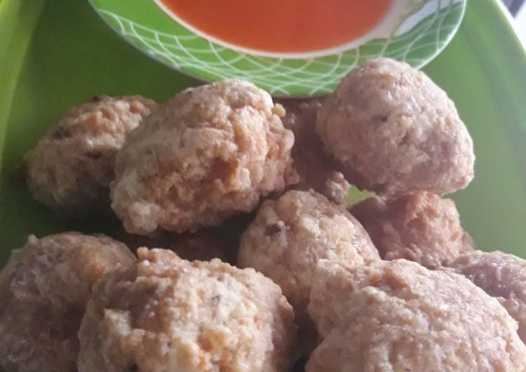 Resep: Bakso goreng ayam + ebi yang bikin ketagihan