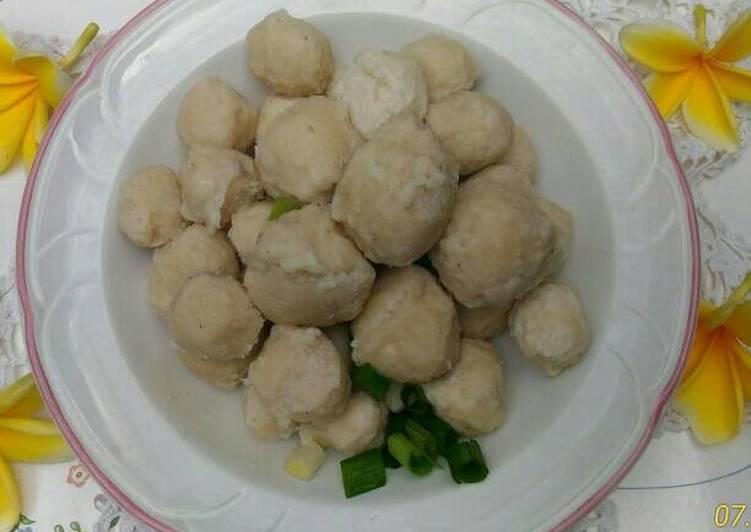 Cara mengolah Bakso ayam rumahan yang menggugah selera