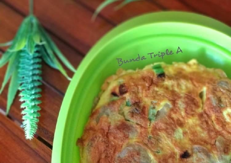 Cara Mudah mengolah Telur dadar bakso yang bikin ketagihan