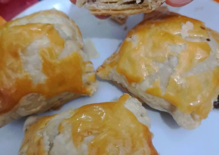 Cara memasak Puff pastry Bolen pisang lezat