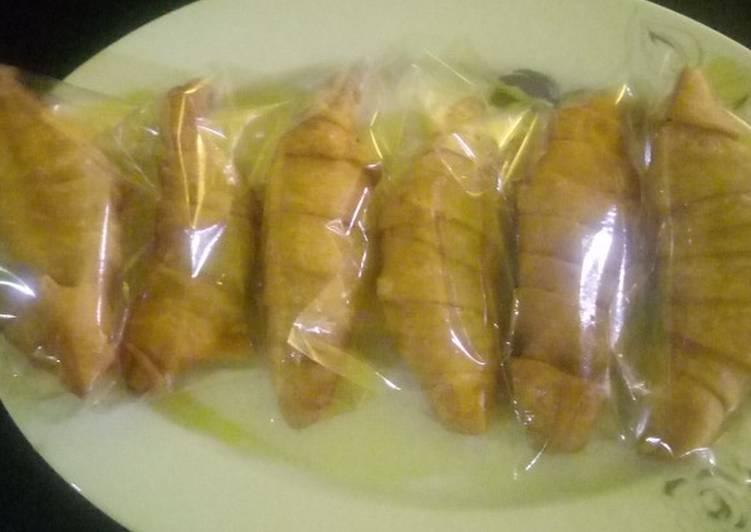 Cara memasak Molen pisang tanpa telur yang menggugah selera
