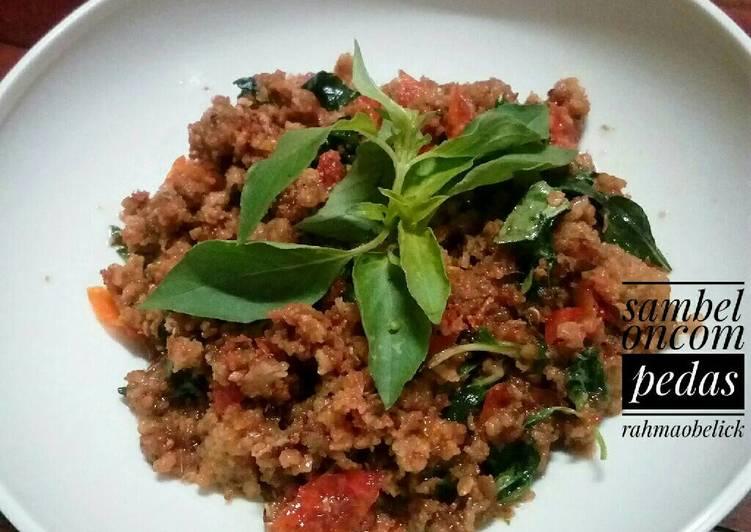 Cara membuat Oseng sambel oncom daun kemangi ala resto