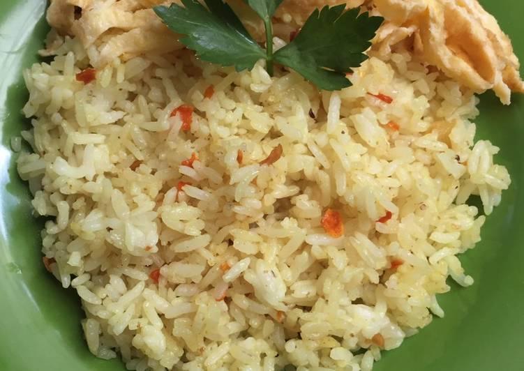 Cara Mudah memasak Nasi Goreng Kunyit (Cianjur) ala resto