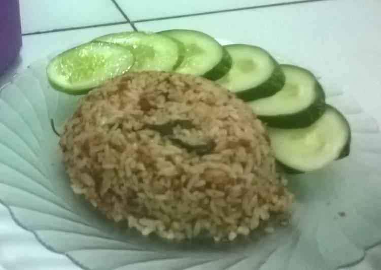 Resep memasak Nasi Tutug Oncom Tasikmalaya yang menggugah selera