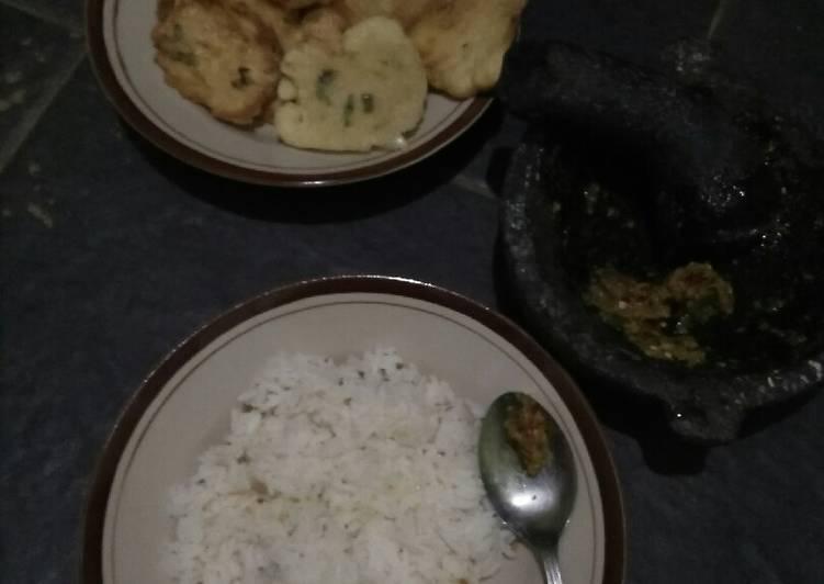 Resep memasak Nasi cikur ala resto