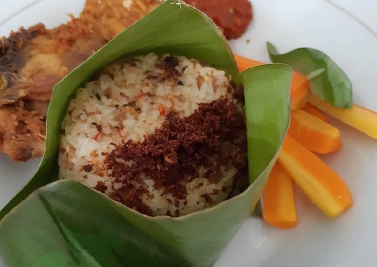 Cara Mudah memasak Nasi tutug oncom yang bikin ketagihan