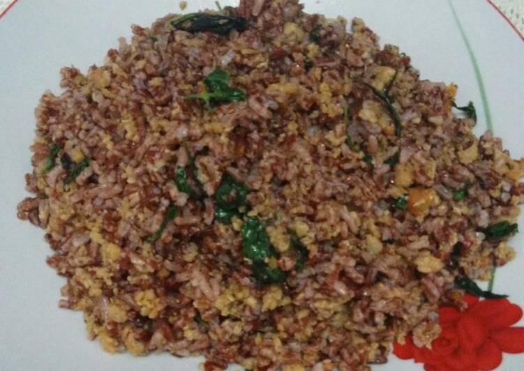 Resep: Nasi Merah Tutug Oncom istimewa