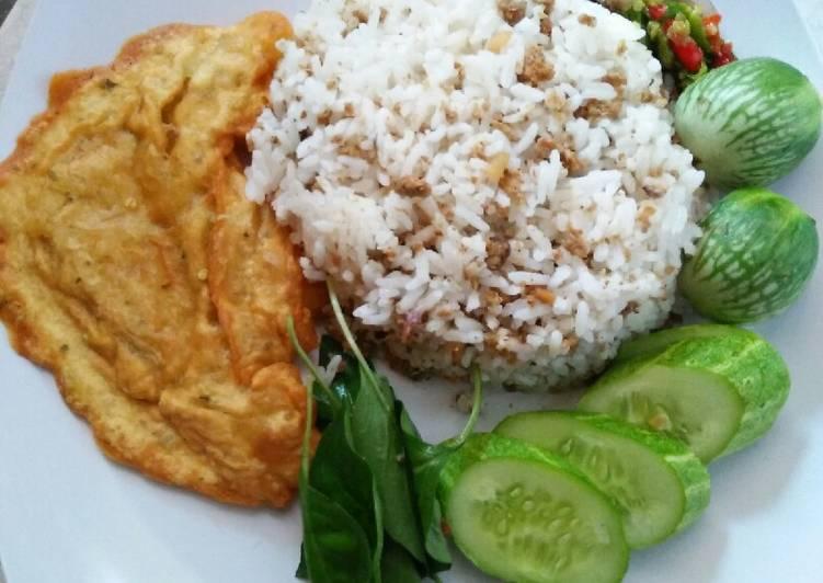 Resep: Nasi TO (Tutug Oncom) Nikmat khas Tasikmalaya yang menggugah selera