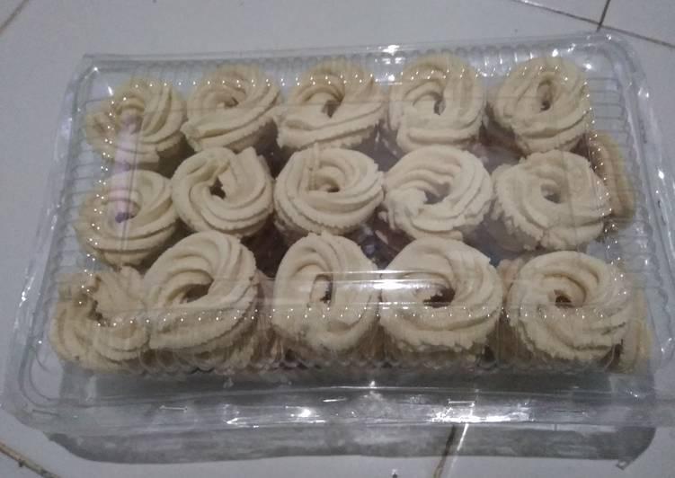 Resep: Kue Semprit Garut/Larut yang bikin ketagihan