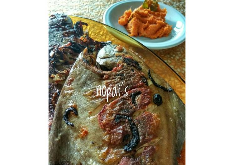 Resep: Ikan Bawal Bakar Sambal Rias (Kecombrang) ala resto