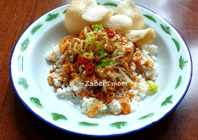 Cara Mudah membuat Nasi Lengko yang menggugah selera