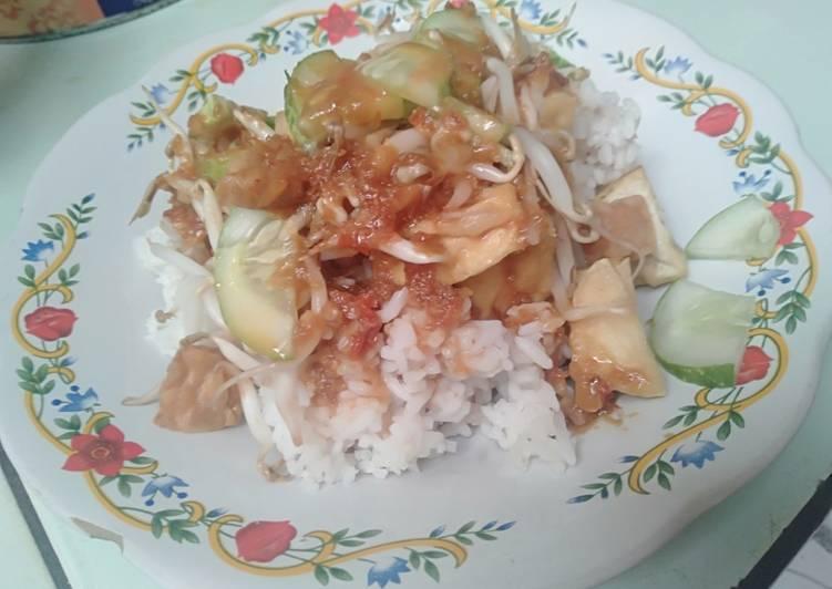 Cara Mudah membuat Nasi lengko kecap istimewa