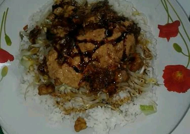 Resep: Nasi Lengko home made khas cerbon asLi enak
