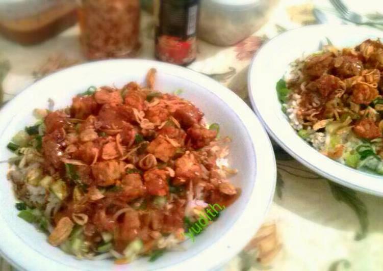 Cara Mudah mengolah Nasi Lengko yang menggugah selera