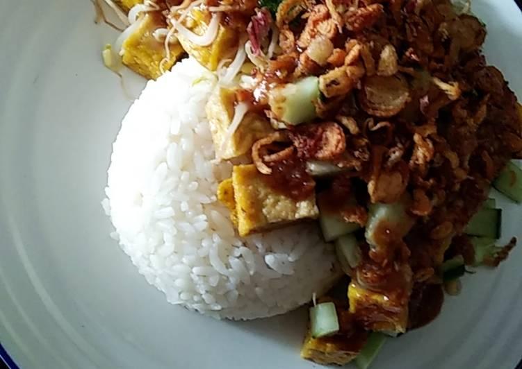 Resep: Nasi Lengko Simpel ala resto