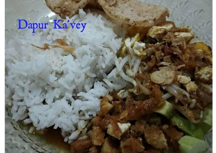 Cara membuat Nasi Lengko Dapur Ka'vey yang menggugah selera