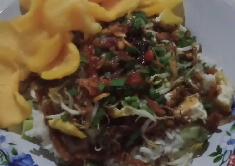 Cara memasak Nasi Lengko khas Cirebon enak