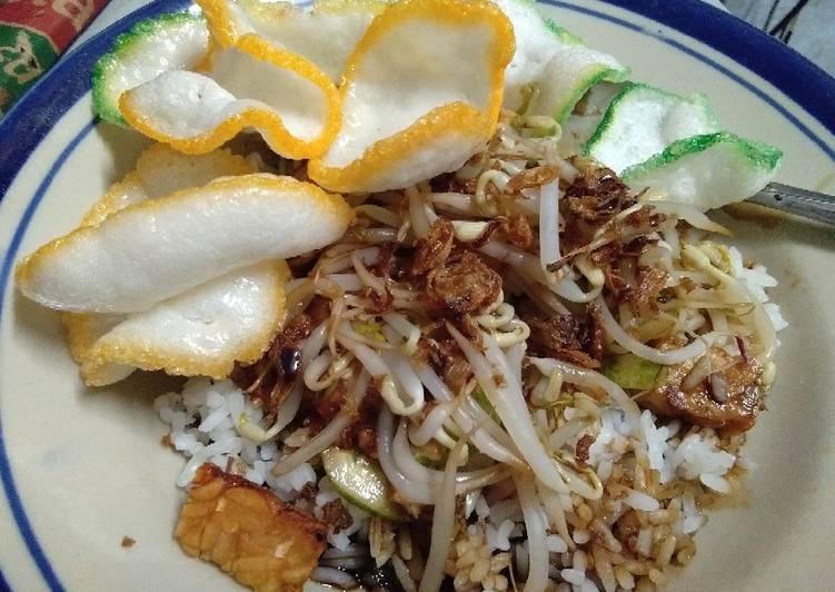 Resep: Nasi lengko cirebon-kuningan