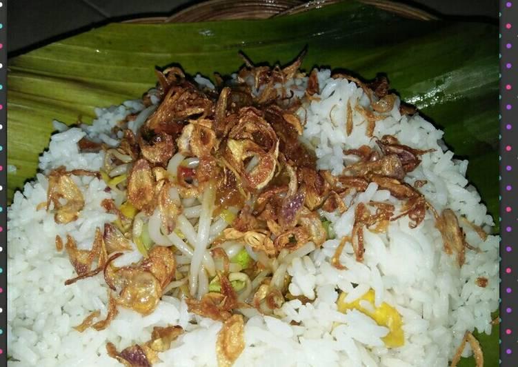 """Resep membuat *nasi lengko """"dadakan"""" khas Cirebon* sedap"""