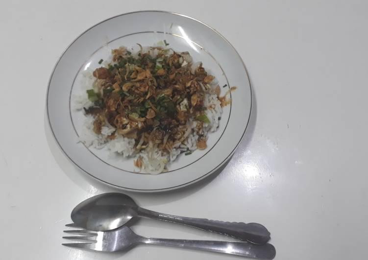 Cara Mudah membuat Nasi lengko cirebon yang bikin ketagihan